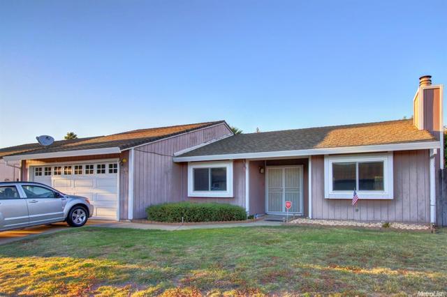 8721 Tiogawoods Dr, Sacramento, CA 95828