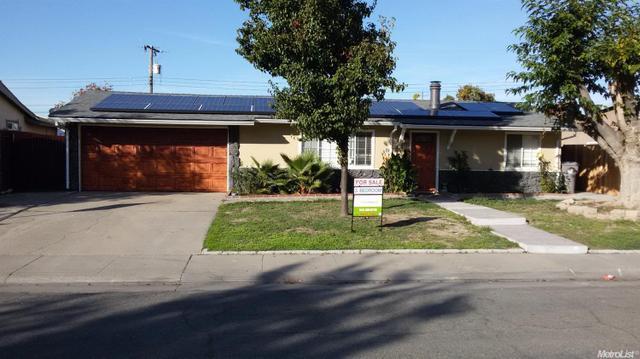 387 Berthoud St, Sacramento, CA 95838