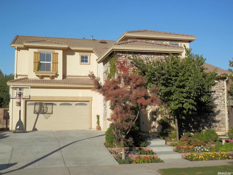 566 Branding Iron St, Oakdale, CA 95361