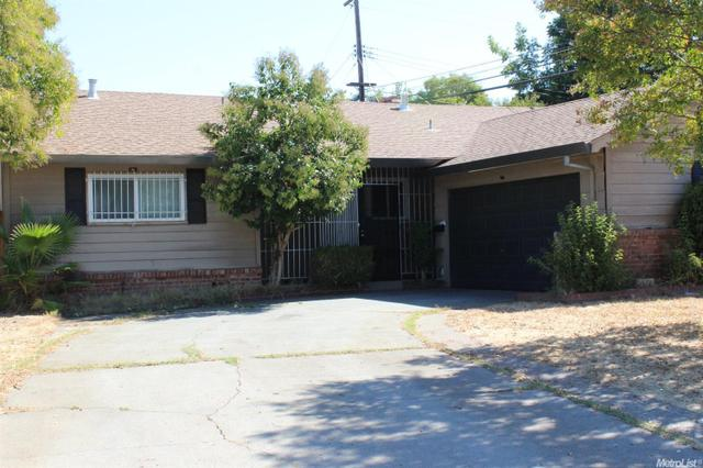 4901 Mcglashan St, Sacramento, CA 95820