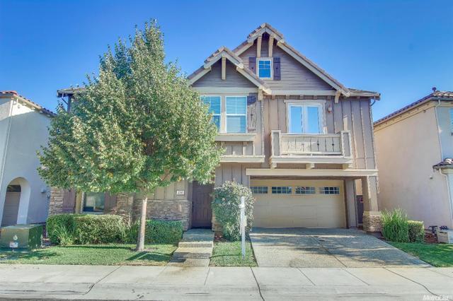 250 Martis Valley Cir, Sacramento, CA 95835