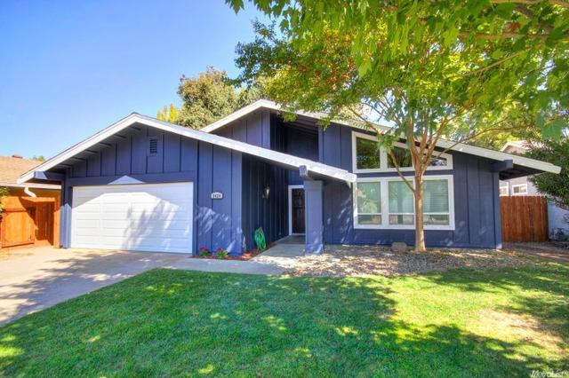 2424 Rio Bravo Cir, Sacramento, CA 95826