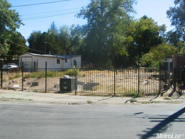 600 Plaza Ave, Sacramento, CA 95815