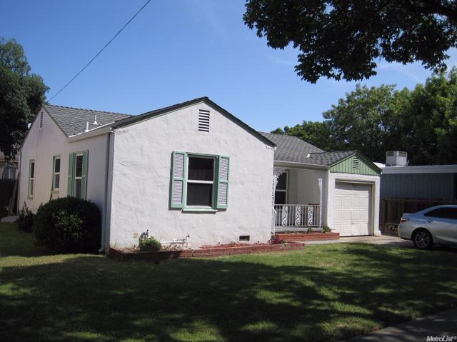 1213 W Oak St, Stockton, CA 95203