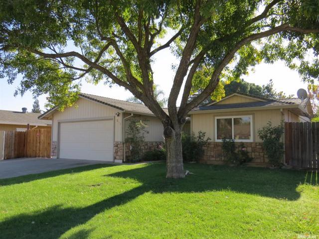 7243 Hayward Dr, Sacramento, CA 95828