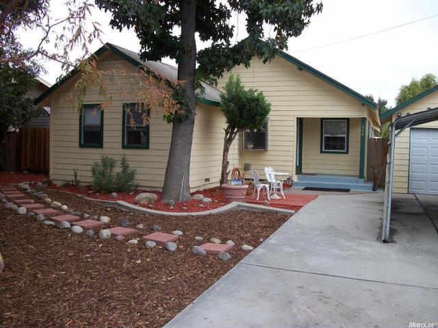 699 Montana Ave, Turlock, CA 95380
