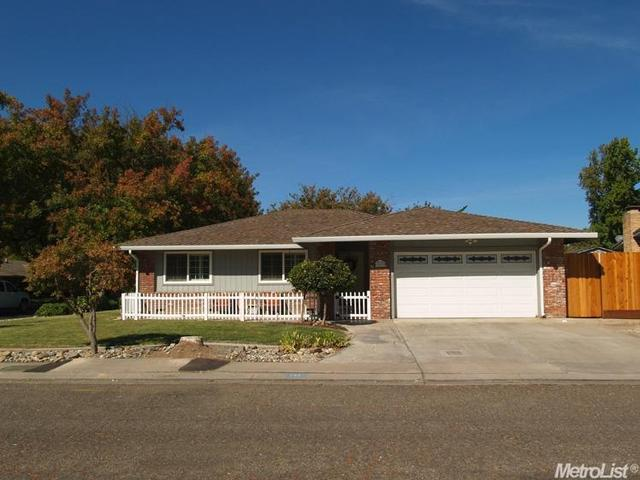 221 Ericwood Ct, Modesto, CA 95350