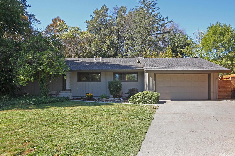 7818 Apple Valley Ct, Fair Oaks, CA 95628