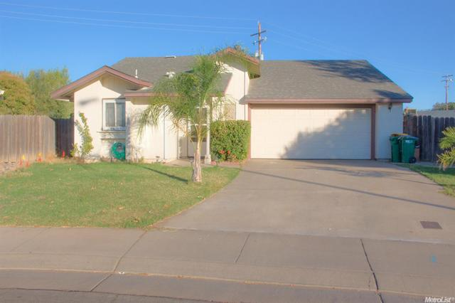334 Berkshire Ln, Stockton, CA 95207