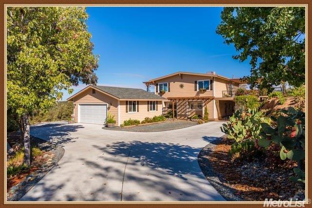 1680 Mountain View Ln, Newcastle, CA 95658