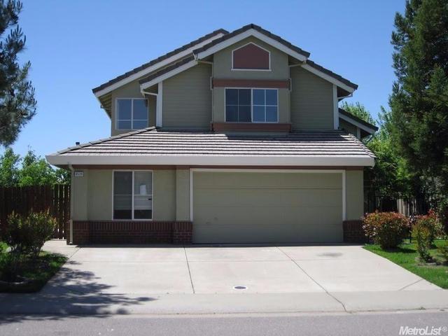 8528 Sun Sprite Way, Elk Grove, CA 95624
