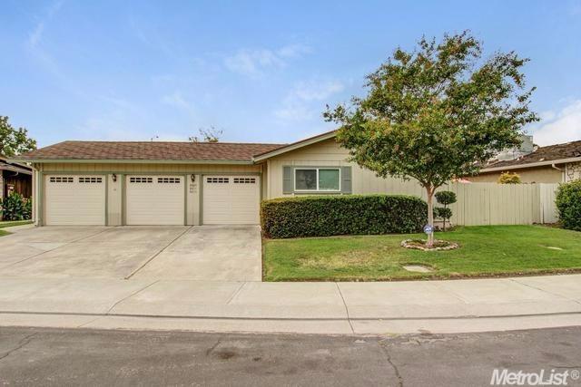 8809 Little Oaks Way, Stockton, CA 95209