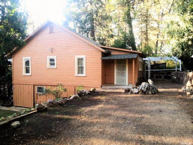 10476 Valley View Dr, Grass Valley, CA 95945