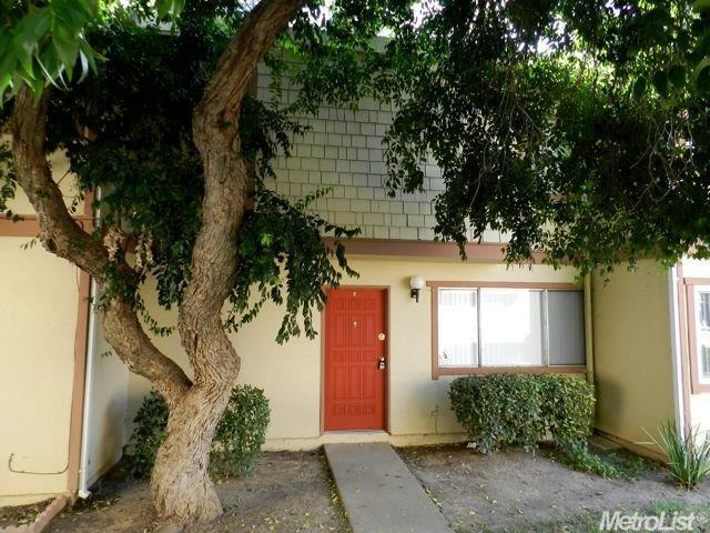 710 Northfield Dr #E, Sacramento, CA 95833