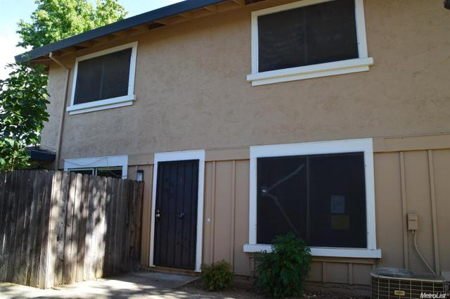 5728 Shadow Creek Dr #3, Sacramento, CA 95841
