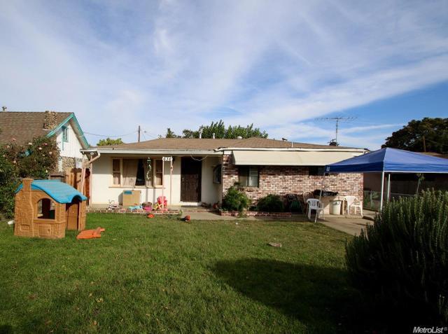 636 Thrasher Ave, Modesto, CA 95354