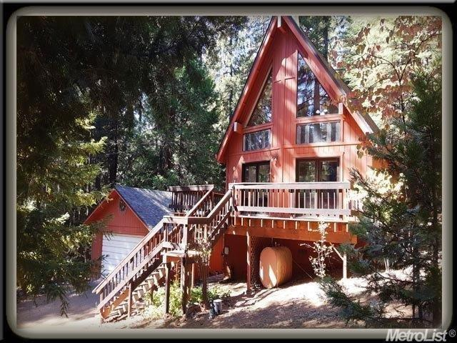 6451 Mica Ct, Pollock Pines, CA 95726