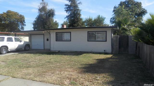 2046 W Monterey, Stockton, CA 95204