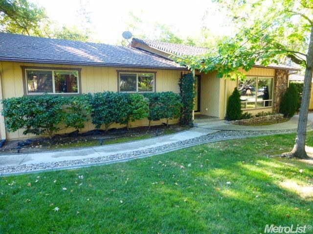 8405 Royall Oaks Dr, Granite Bay, CA 95746