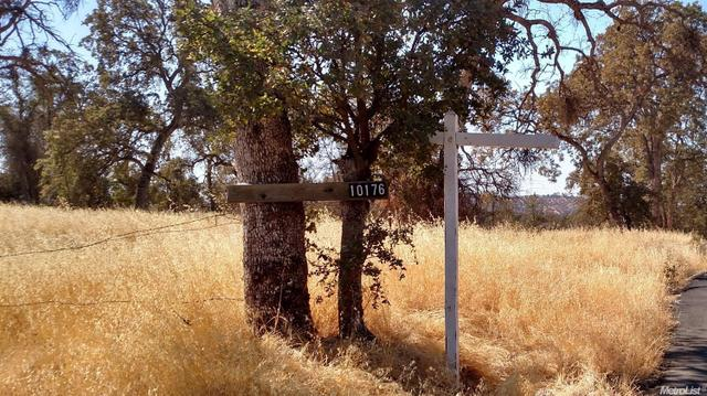 10176 Piney Creek Rd, Coulterville, CA 95311