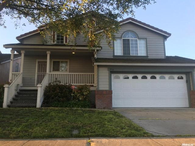 1956 Cork Oak Ln, Manteca, CA 95336