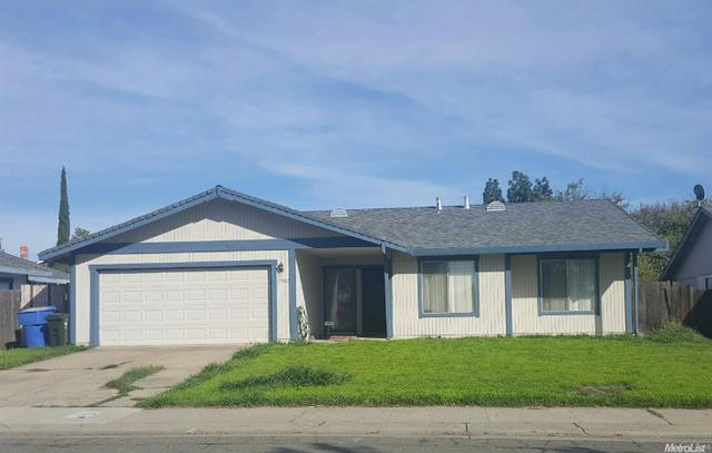 7907 W Prairie Creek Way, Sacramento, CA 95823
