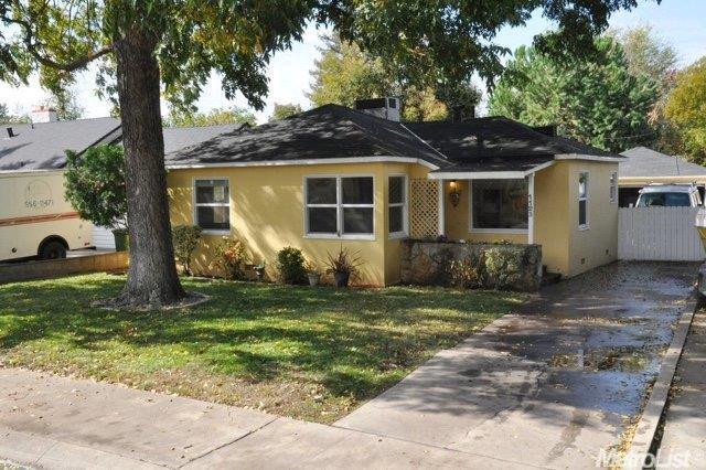 1123 S Lee Ave, Lodi, CA 95240
