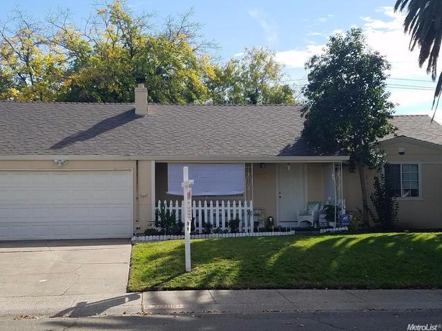 7051 Demaret Dr, Sacramento, CA 95822