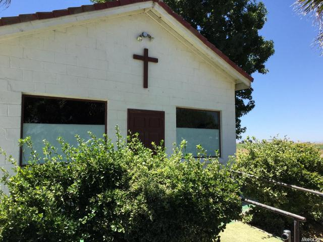 8131 Azusa, Dos Palos, CA 93620
