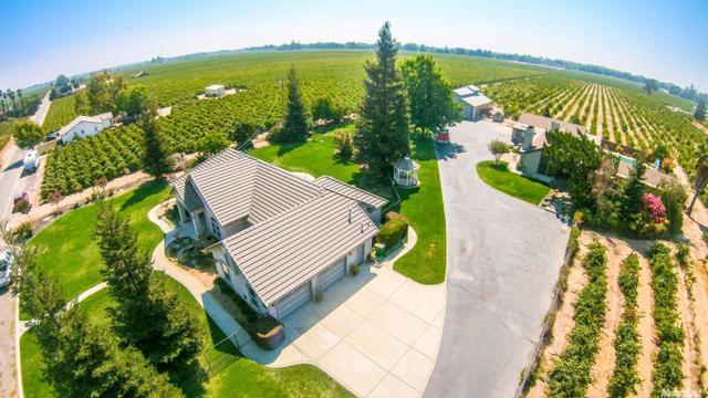 8300 E South Orchard Rd, Acampo, CA 95220