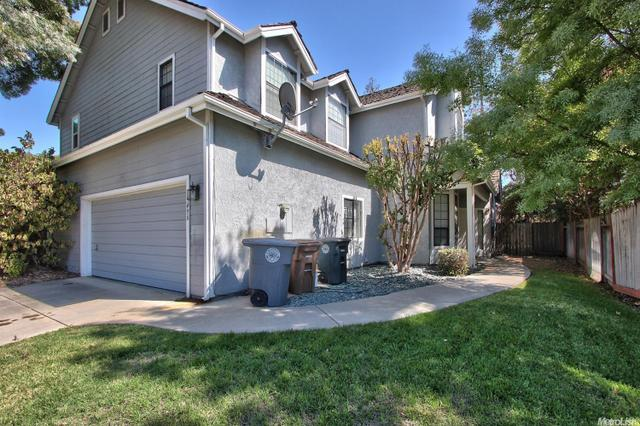 9496 Bowmont Way, Elk Grove, CA 95758