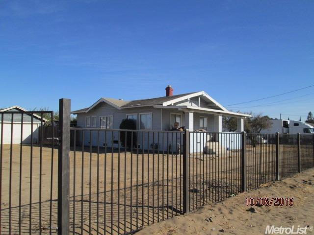18498 S Austin Rd, Manteca, CA 95336