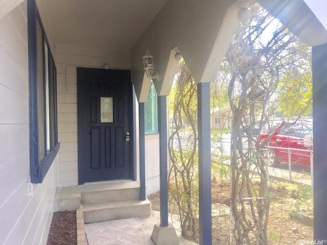 1424 Del Vale Ave, Modesto, CA 95350