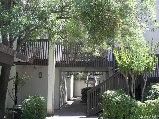 4332 Pacific Ave #77, Stockton, CA 95207