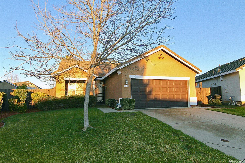 5783 Boxwood Hills Pl, Antelope, CA 95843