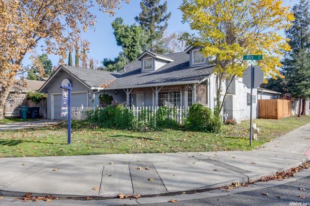 37 Reed Rd, Oakdale, CA 95361
