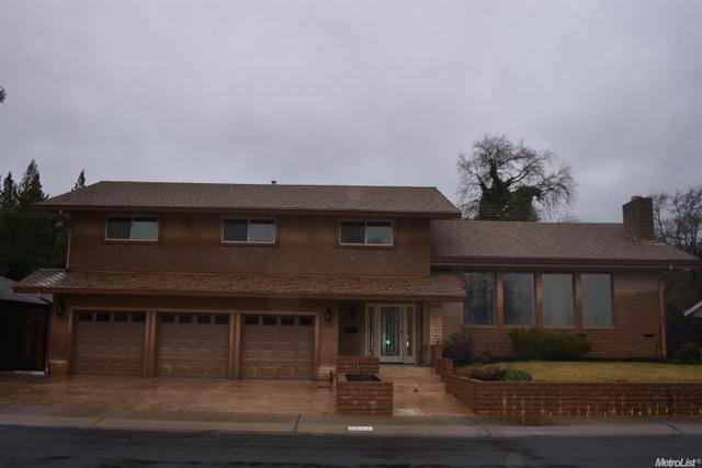 2000 Edgewood Dr, Lodi, CA 95242