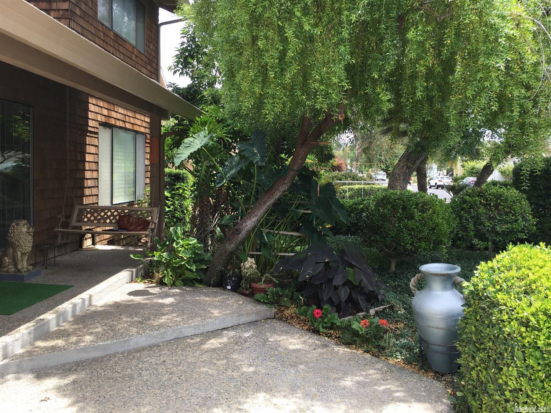 1174 River Bluff Drive, Oakdale, CA 95361