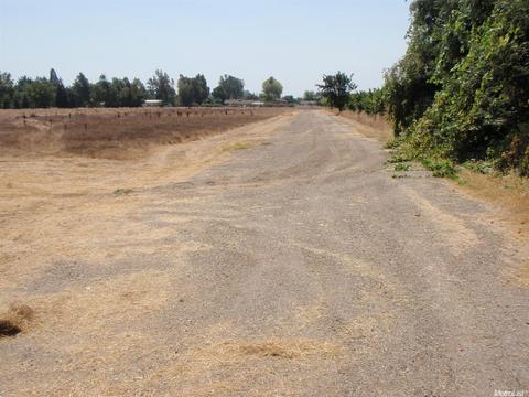 11165 E Highway 12, Lockeford, CA 95237
