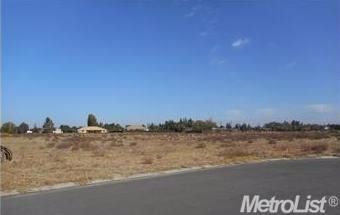 6353 Neves Dr, Atwater, CA 95301