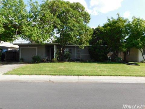 1514 Calhoun Way, Stockton, CA 95207