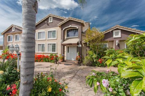 2931 Bangs Ave, Modesto, CA 95356