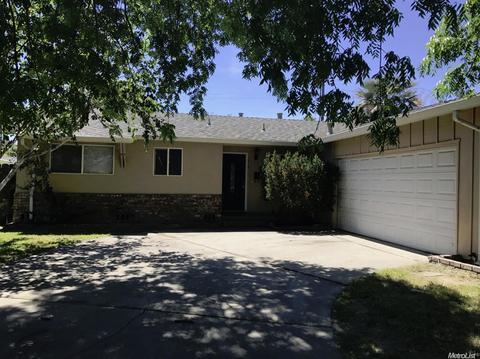 1616 Mount Vernon Dr, Modesto, CA 95350