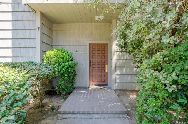 601 Commons Dr, Sacramento, CA 95825