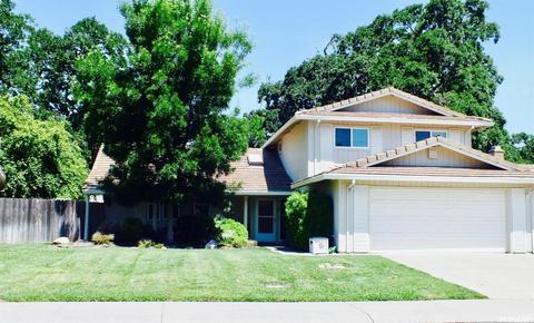 1027 Bear Creek Way, Stockton, CA 95209