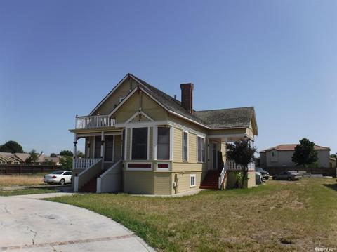 135 W Overland Rd, Los Banos, CA 93635