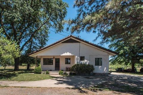 8711 Bradshaw Rd, Elk Grove, CA 95624