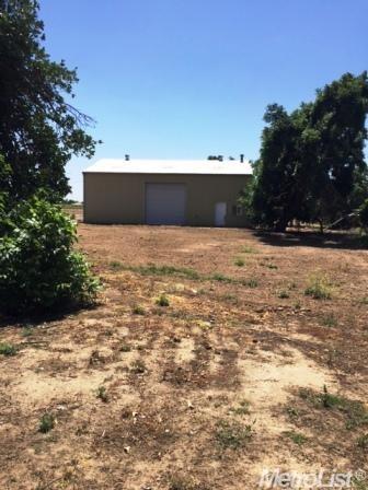 3567 California Ave, Fresno, CA 93706