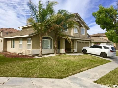 1406 San Rafael, Los Banos, CA 93635