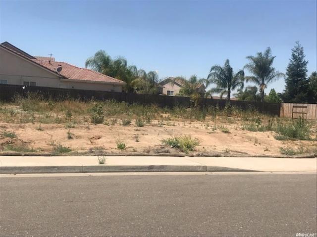 2817 N Drake Ave, Merced, CA 95348